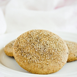 Anise and white pepper cookies