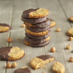 Chocolate Dipped Hazelnut Cookies Recipe