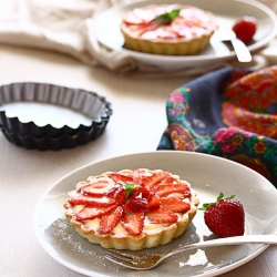 Creamy Fruit Tartlet