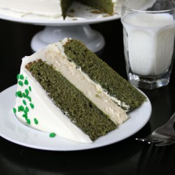 Green Velvet Baileys Cheesecake