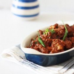 Lamb Curry with Caramelized Onion