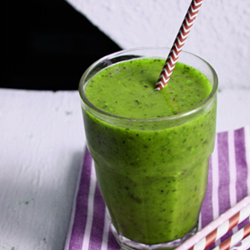 Lamb Lettuce Green Smoothie