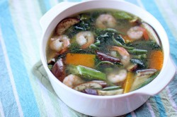 Laswa Tropical Vegetable Prawns Soup Recipe