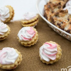 Meringue Sugar Cookies with Jam