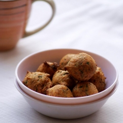 Methi Na Gota Chickpea Flour Fenugreek Fritters Recipe