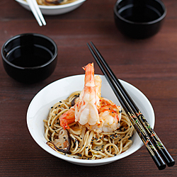 Prawns with noodles