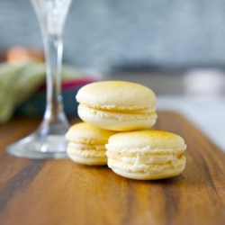 Real Pineapply Macarons