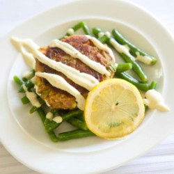 Salmon Cakes with Dill Green Beans