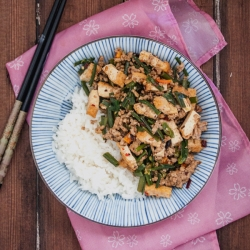 Stir-Fried Garlic Chives with Pork and Tofu