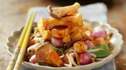 Tofu Stir Fry with Ginger Mushrooms and Bean Sprouts Recipe
