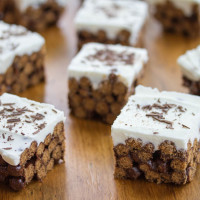 White Russian Cereal Bars Recipe