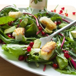 Avocado Feta and Pomegranate Salad Recipe