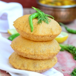 Bedmi Poori Indian Lentil Stuffed Bread Recipe