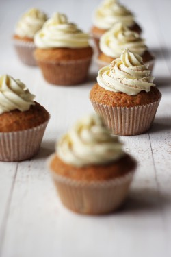 Carrot Cupcakes with Lemon and White Chocolate Frosting Recipe