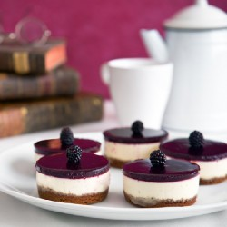 Cheesecakes with Blackberry Coulis