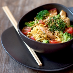Chicken with Noodles and Broccoli Recipe