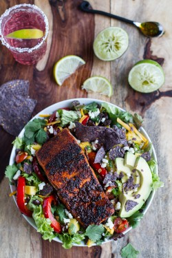 Chile Lime Salmon Fajita Salad with Cilantro Lime Vinaigrette Recipe