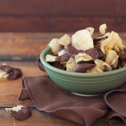 Chocolate Dipped Potato Chips Recipe
