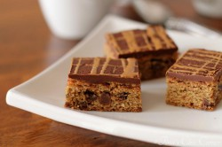 Coffee Chocolate Chip Cookie Bars Recipe