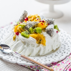 Exotic Fruit Meringue Pavlova Recipe
