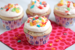 Fruity Pebble Cupcakes Recipe