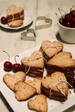 Grain-free Cherry Shortbread Cookies Recipe