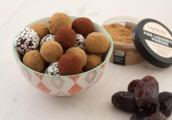 Healthy Truffles with Dates
