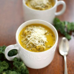 Kale and Cauliflower Soup