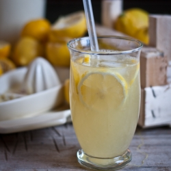 Lemon vanilla vodka