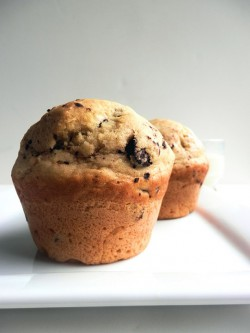 Olive Oil Muffins with Chocolate