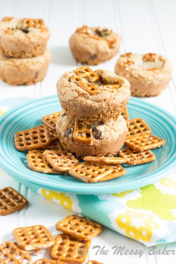 Pretzel Crusted Cookie Cups