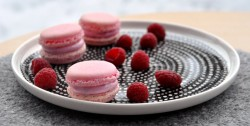 Raspberry Marshmallow Macarons Recipe