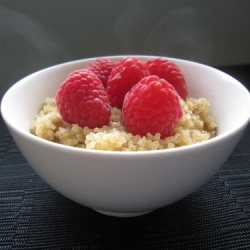 Raspberry Quinoa Porridge