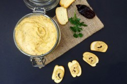 Smoky Chipotle Cannellini Bean Dip