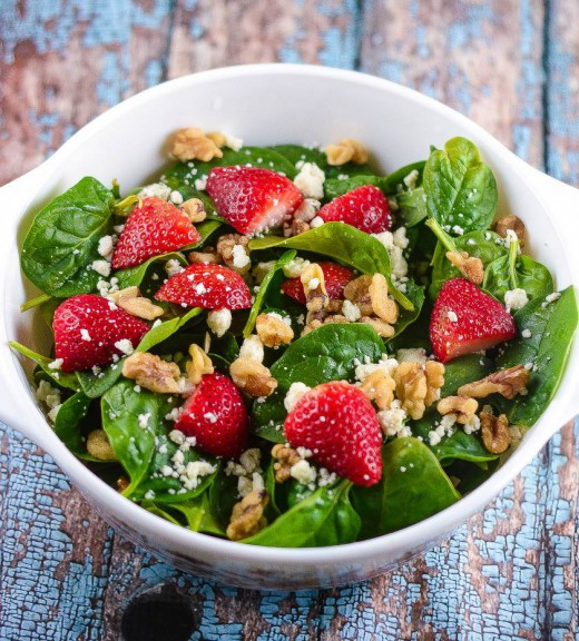 Spinach and Strawberry Salad with Champagne Vinaigrette Recipe