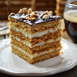 Stefanka Honey Cake Recipe