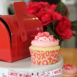 Sweetheart Valentine's Cupcakes