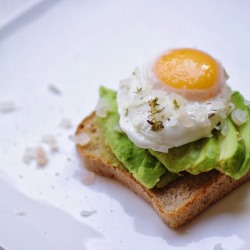 White Wine Poached Eggs Recipe