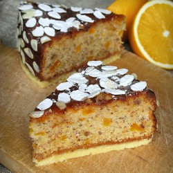 Almond pumpkin cake with orange jam