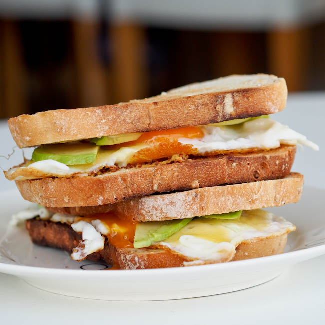 Avocado Cheese and Pesto Egg Sandwich Recipe