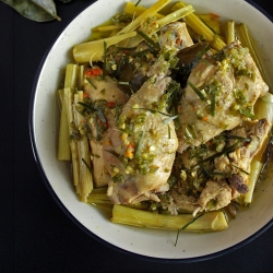Ayam Tinoransak Spicy Braised Chicken Recipe