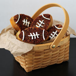 Bacon Crusted Cheddar Beer Bread Footballs Recipe