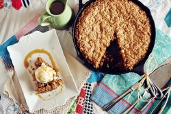 Butterscotch-Oatmeal Cookie Skillet