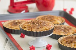 Caramel 'apple-baby' tarts