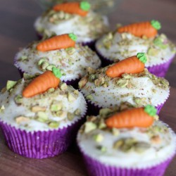Carrot cupcakes with lime frosting