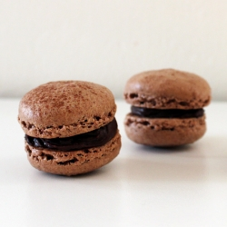 Chili Ganache Chocolate Macarons
