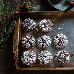 Chocolate Ginger Molasses Crinkle Cookies Recipe