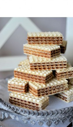 Cocoa wafers.