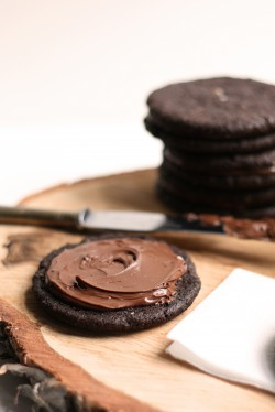 Dark Chocolate Nutella Cookies