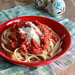 Fettuccine with Soy Based Bolognese Sauce Recipe